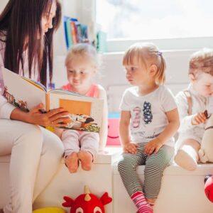 FI010-MONITOR-DE-TALLER-INFANTIL-PROFESIONAL