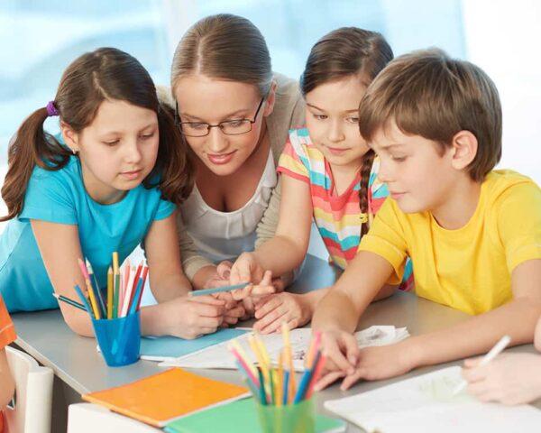 Estudiar el curso de auxiliar de guardería te dará los conocimientos necesarios para formar parte del sector educativo